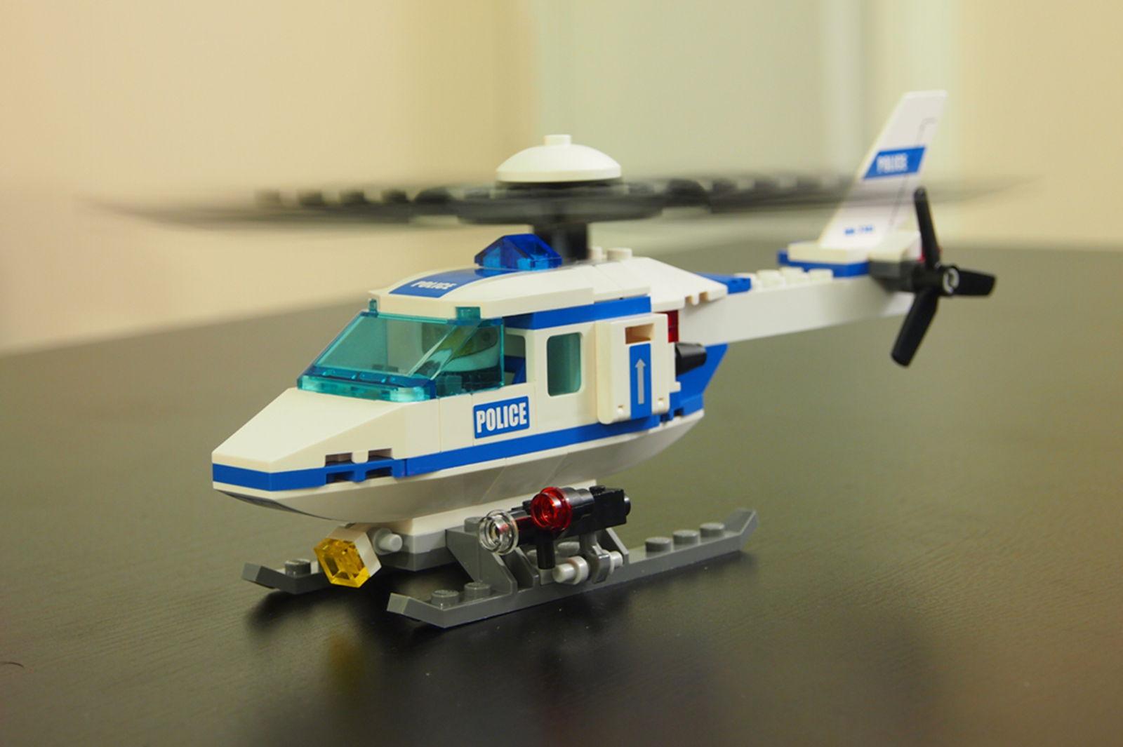 直升飞机 准备起飞